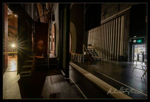 DarkHouses-AllianceTheatre_MCB8524_websocial.jpg