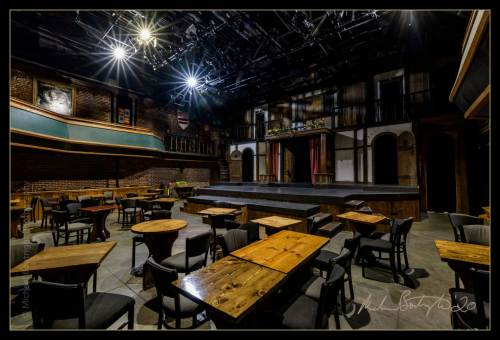 DarkHouses-ShakespeareTavern_MCB7815.jpg