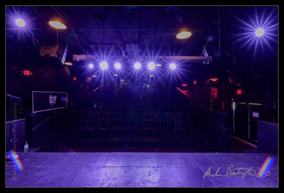 DarkHouses-VillageTheatre_MCB9016_websocial.jpg