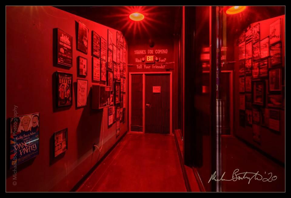 DarkHouses-VillageTheatre_MCB9018_websocial.jpg